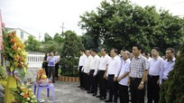 Ngành Giao thông Vận tải dâng hương tưởng niệm các anh hùng liệt sĩ