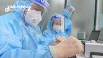Nghệ An: Lấy mẫu xét nghiệm cán bộ phục vụ ở khu cách ly