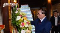 Nguyên Tổng Bí thư Nông Đức Mạnh dâng hương tại Đền Chung Sơn và Khu di tích Kim Liên
