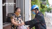 Một ngày đi chợ của tổ hậu cần ở thành phố Vinh