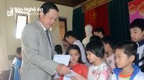Phó Chủ tịch UBND tỉnh Lê Minh Thông chúc Tết các bệnh viện, cơ sở xã hội