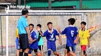 TN Quỳnh Lưu thắng đậm TN Quỳ Hợp ở trận đấu mở màn