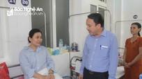 Lãnh đạo Sở Y tế thăm, động viên nhân viên y tế bị hành hung
