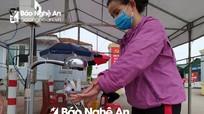 Bệnh viện miền núi Nghệ An sáng chế máy rửa tay khử khuẩn tự động hết 700 nghìn