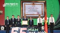 Lãnh đạo tỉnh dự Lễ kỷ niệm 55 năm ngày thành lập và trao Huân chương Lao động hạng Nhì cho Bệnh viện Đa khoa TP. Vinh
