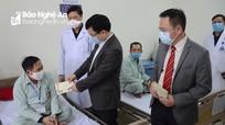 Phó Chủ tịch UBND tỉnh Bùi Đình Long chúc tết tại các bệnh viện, tặng quà bệnh nhân