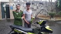 Trên đường về thăm nhà, cảnh sát hình sự Nghệ An truy bắt được thanh niên trộm chó