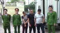 Công an Nghệ An: Trao thưởng vụ truy bắt người đàn bà ôm 2 tỷ đồng chạy trốn 21 năm