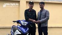 Bất ngờ được nhận lại xe máy bị mất trộm hơn 6 tháng trước