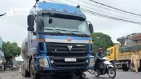 Người đàn ông bị xe container cuốn tử vong
