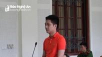 Vệ sĩ quán bar nổi tiếng ở TP Vinh nhận 'xách' hàng trắng lĩnh 16 năm tù