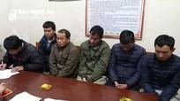 6 người 'đánh liêng' ở Nghệ An bị bắt