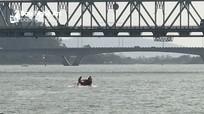 Một nam thanh niên nghi nhảy cầu Bến Thủy tự vẫn