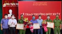 Trao thưởng các chiến sỹ phá thành công vụ trọng án ở Quế Phong (Nghệ An)
