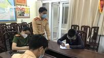 Ra đường không mang giấy tờ, nam thanh niên ở TP Vinh bị phạt hơn 12 triệu đồng