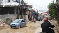 Sau mưa, đường liên xã ở Diễn Châu biến thành 'ao'