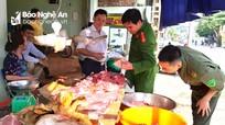 Tăng cường quản lý buôn bán sản phẩm lợn ở Tương Dương
