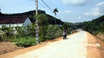 Người dân thị trấn miền núi ở Nghệ An hiến hơn 23.500 m2 đất để mở đường