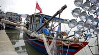 Hai ngư dân Nghệ An bị điện giật tử vong trên biển