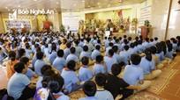 Học sinh trường Phượng Hoàng khám phá ngôi chùa có 4 kỷ lục ở xứ Nghệ