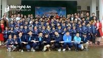 Trường Phượng Hoàng đem mùa đông ấm về với học sinh xã biên giới Nghệ An