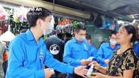 Tuổi trẻ Đoàn Khối Các cơ quan tỉnh Nghệ An ra quân ngày 'Chủ nhật xanh'