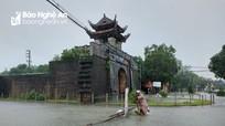 Cảnh báo những tuyến đường ngập sâu ở Thành phố Vinh