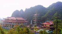 Ban Tôn giáo - Sở Nội vụ Nghệ An chúc mừng Phật đản