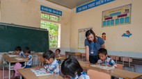 Một ngày của cô giáo cắm bản Phà Coóng