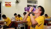 Học sinh Nghệ An 'chạy đua' với thời gian để ôn thi