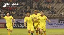 BLV Quang Huy: 'SLNA ngày càng khó trụ hạng'