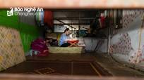 Ước mơ trở thành cô giáo của nữ sinh nghèo chuyên phụ mẹ bán cơm