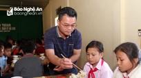 Cách giữ học sinh không vắng học về Tết sớm của trường vùng cao ở Nghệ An