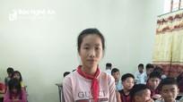 Học sinh nghèo huyện miền núi Nghệ An trả lại 17 triệu đồng cho người đánh rơi