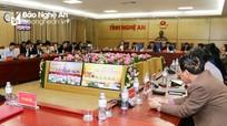 Thủ tướng Nguyễn Xuân Phúc: Lấy người dân và doanh nghiệp làm đối tượng phục vụ