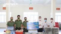 Tập đoàn TECCO trao tặng 1.500 suất ăn cho các chốt kiểm soát chống dịch ở thành phố Vinh