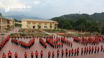 Học sinh miền núi xếp chữ chúc mừng U23 Việt Nam