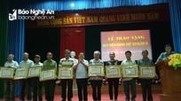 Lễ trao Huy hiệu Đảng tại Tân Kỳ, Thái Hòa