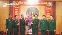 Các đơn vị quân đội nước bạn Lào thăm, chúc Tết Bộ Tư lệnh Quân khu 4