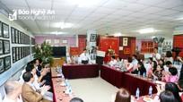 Phó Bí thư Tỉnh ủy Nguyễn Văn Thông chúc Tết các cơ quan, đơn vị trong đêm Giao thừa
