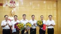 Huyện Quỳnh Lưu công bố các quyết định về công tác cán bộ