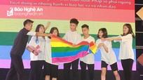 Ấn tượng lễ hội Pháp ngữ trường Phan với thông điệp ủng hộ cộng đồng LGBT