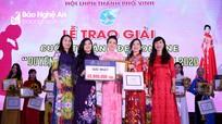 15 phụ nữ TP Vinh được trao giải Cuộc thi ảnh đẹp online 'Duyên dáng áo dài Việt Nam'