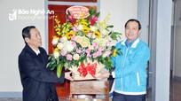 Tuổi trẻ Nghệ An thăm, tặng quà và khám, cấp phát thuốc miễn phí tại Giáo xứ Tân Yên
