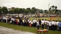 Linh mục Giáo hạt Bột Đà giao lưu bóng đá với cán bộ UBND huyện Anh Sơn