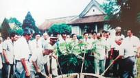 Tổng Bí thư Đỗ Mười và những lần về thăm Kim Liên quê Bác