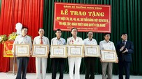 TP Vinh: Trao huy hiệu Đảng cho 28 đảng viên