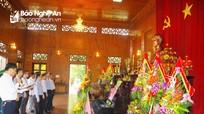 Đoàn đại biểu Cục BĐBP Lào dâng hoa, dâng hương tại Khu di tích Kim Liên