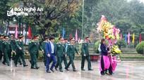 Bộ Tư lệnh Quân khu 4 dâng hoa, dâng hương tại Khu Di tích Kim Liên