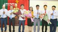 Thái Hòa bầu bổ sung chức danh Phó Chủ tịch UBND thị xã